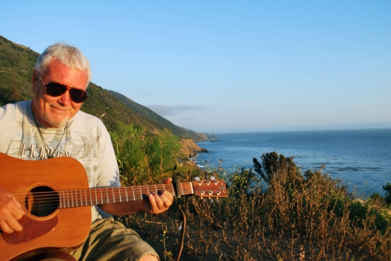 chip-guitar-ocean